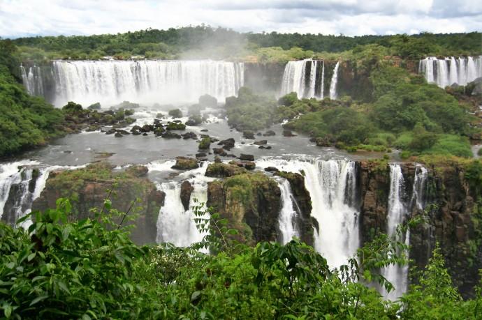 Hai Departe Brazilia Iguazu