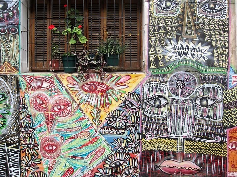 Hai Departe Buenos Aires Graffiti.